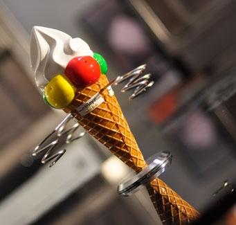 מחזיק לגביעי גלידה